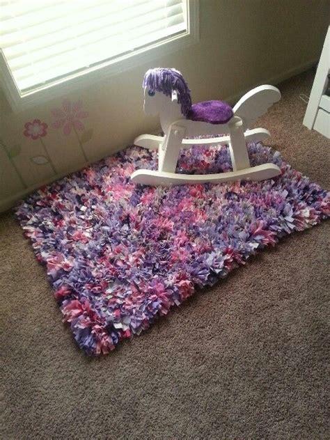 How To Make Handmade Rag Rugs - rag rug baby