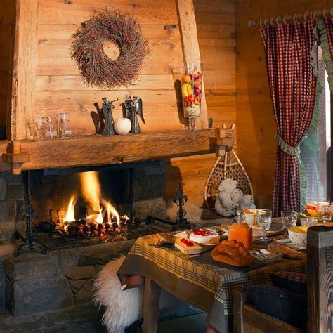 chalet cheminee montagne les plus beaux chalets pour de belles vacances en savoie