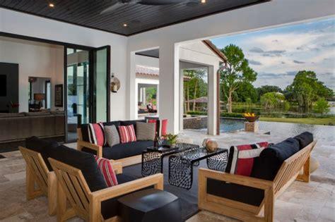 immersive contemporary patio designs