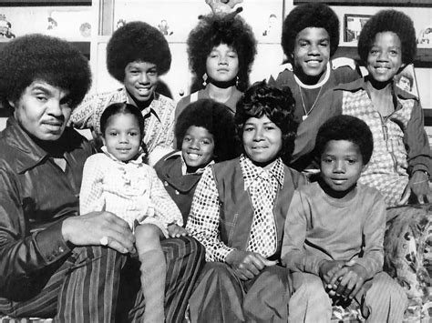 biography of michael jackson family jackson family michael s will is a fake kenny online net