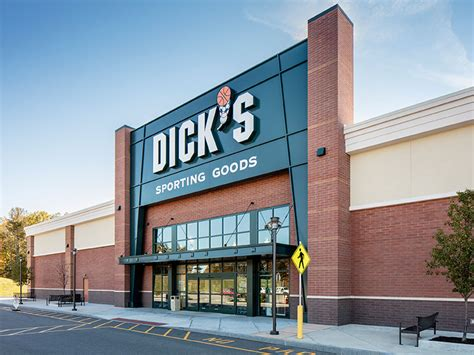 www dickssportinggood s sporting goods turn key retail by create