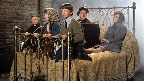 bed knobs and broomsticks bedknobs and broomsticks 1971 123 movies online