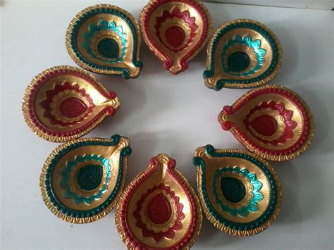 Handmade Diyas - corner diwali decorative items