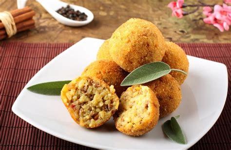 cucina catanese la cucina tipica di catania tra pesce verdura e ottimi dolci