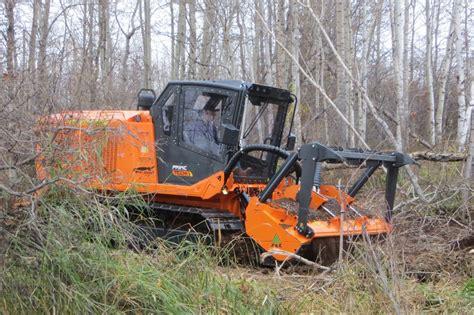 cabine per trattori cingolati cabine per veicoli speciali lochmann cabine
