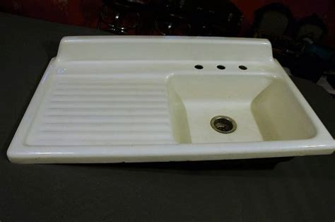 apron sink with drainboard 1000 ideas about cast iron farmhouse sink on