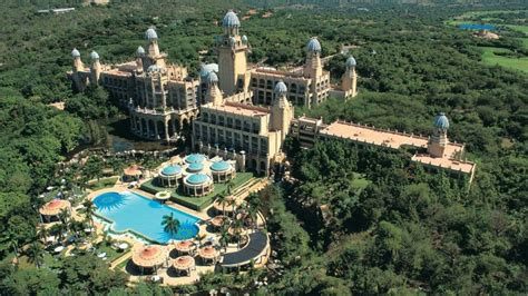 Huge Luxury Homes the palace of the lost city at sun city south africa