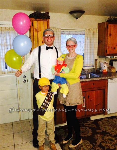 coolest homemade disney  family costume family