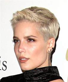 hair styles from singers halsey short straight casual pixie hairstyle light