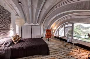 corrugated metal in bedroom