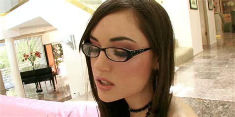 amy anderson bathroom sacudiras la nutria con estos gifs de sasha apto taringa