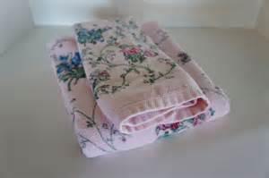 Vintage jcp pink floral towels bath and hand towel cottage