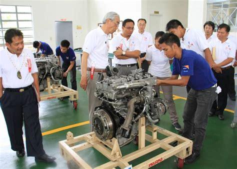 isuzu tesda auto mechanic center continues to provide access to a brighter future