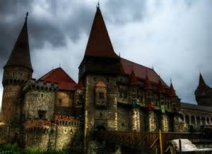 home of dracula castle in transylvania fascinating world the most facinating castle s in the world top 10