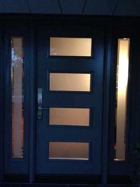 modern single fiberglass door   side lites