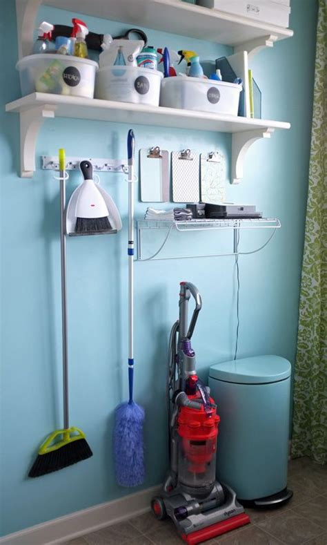 Supply Room Company by Best 25 Cleaning Supply Storage Ideas On