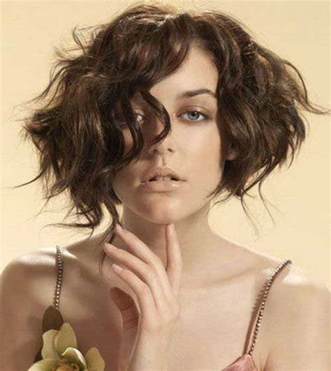 bob haircut styles curly hair 25 best wavy bob hairstyles short hairstyles 2017 2018