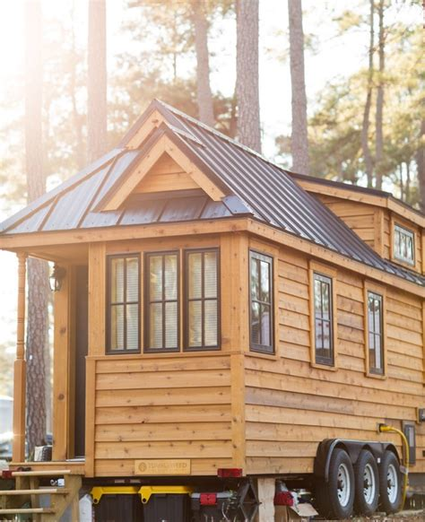 Lora S 192 Sq Ft Tumbleweed Cypress Tiny House On Wheels Tumbleweed Tiny Houses On Wheels