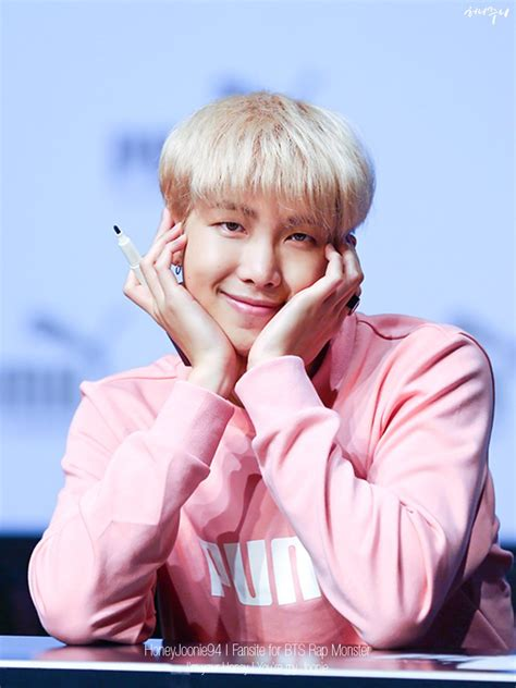 kim namjoon pink pink boy namjoon monie pinterest beb 234 s e fotos