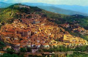 that month in tuscany the antique markets in tuscany arezzo lucca pistoia and