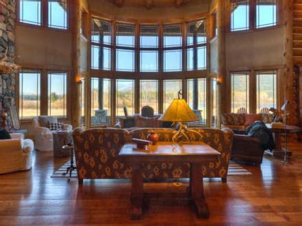 luxury log home interiors luxury log home interiors luxury log homes great rooms