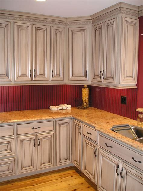 Looking For Kitchen Cabinets Taupe With Brown Glazed Kitchen Cabinets I Think We Could Easily Update Your Cabinets W Some