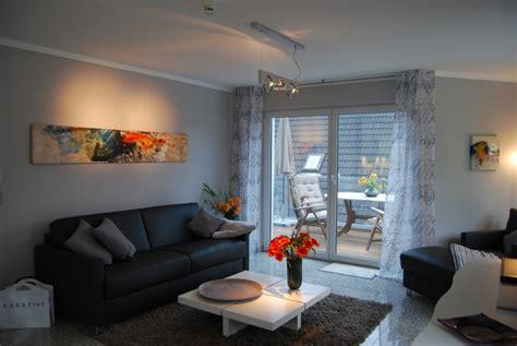 wohnzimmer 28 qm appartement klingenstadt i exklusive ferienwohnungen auf