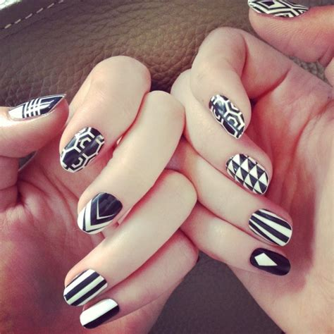white and black pattern nails black and white nail art designs