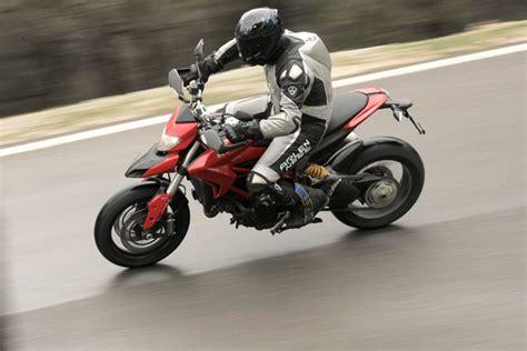 Motorrad Test Ducati Hypermotard by Ducati Hypermotard Testbericht