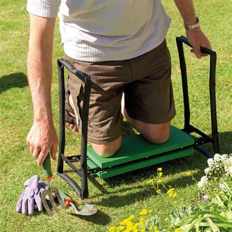 gardening bench kneeler gardman foldaway garden kneeler seat walmart com