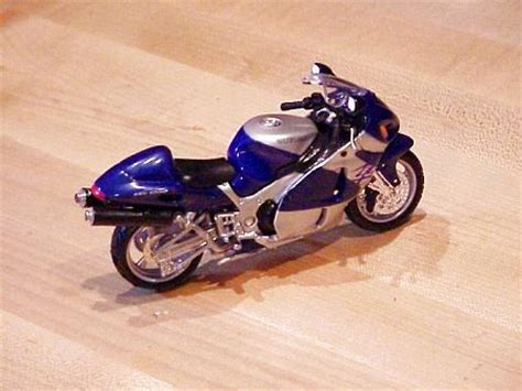 Suzuki Hayabusa Accessories 2000 Suzuki Hayabusa Accessories