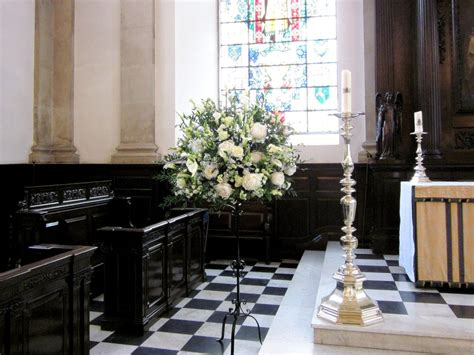 Church Wedding Flower Arrangements by Wedding Flowers Pedestal Arrangement In Church Flowers