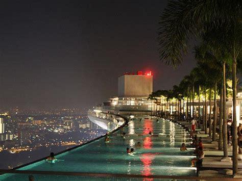 marina bay sands infinity pool singapore infinity pool and marina bay sands hotel in singapura