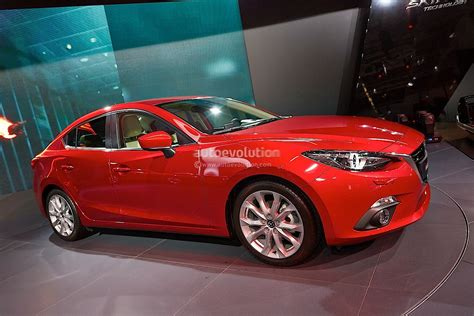 new mazda 3 frankfurt 2013 all new mazda3 hatch and sedan live