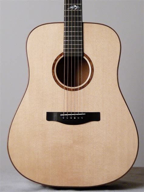 Gitar Akustik By Lay acoustic guitars