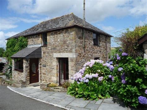 holiday cottage rental in cornwall uk cottages pinterest