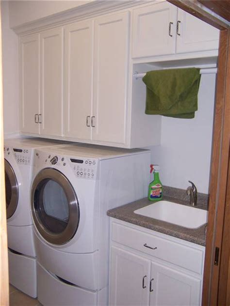 Laundry Room Sink With Cabinet Decorating Ideas Laundry Room Sinks With Cabinets