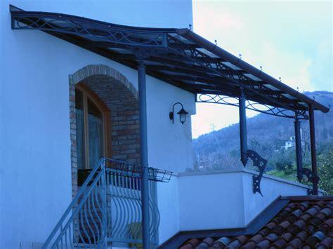 tettoie in ferro e policarbonato realizzazione e installazione pensiline e tettoie ferarredo