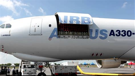 airbus a330 200 freighter md cargo door airworks