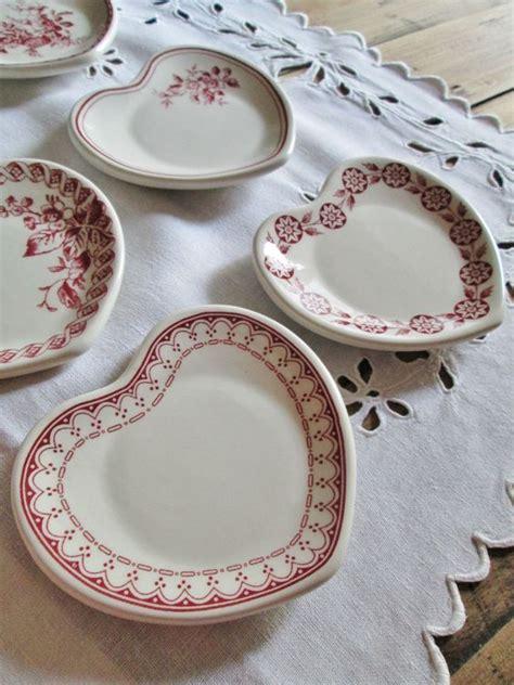 vaisselle comptoir de famille disponible chez