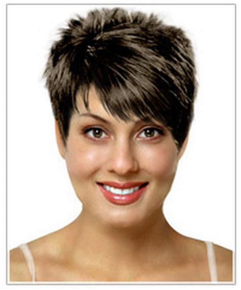 heirstyles for women over 40 with oblong shaped face short haircuts for women with oval faces