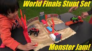 Wheels Truck Stunt Stadium Unboxing Jam World Finals Stunt Pack Arena Set