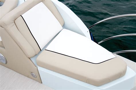 caravelle boat group reviews caravelle razor 258 party fish boating world