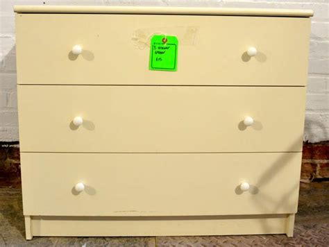 How To Restore A Dresser by How To Make A Storage Bench Out Of An Dresser