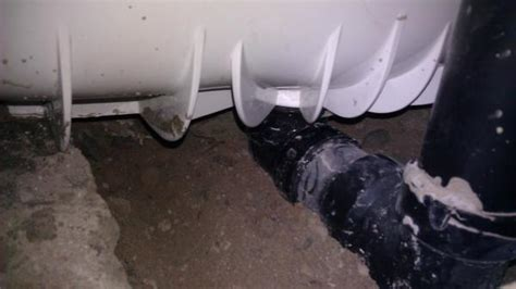 Water Coming Up Bathtub Drain by Water Back Up On Side Around Bathtub Drain Your Plumbing