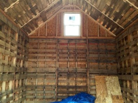 built  tiny cabin  recycled pallets