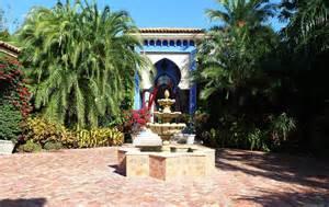 villa  miami  dramatic moroccan architecture