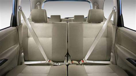 Kursi Mobil Xenia sewa mobil daihatsu xenia di bali dengan sopir