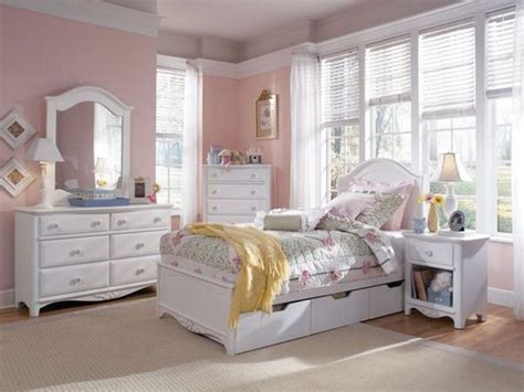 white 3 bedroom set 1000 ideas about white bedroom furniture sets on