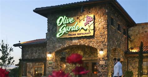 olive garden 41 olive garden brings back unlimited 7 week pasta pass